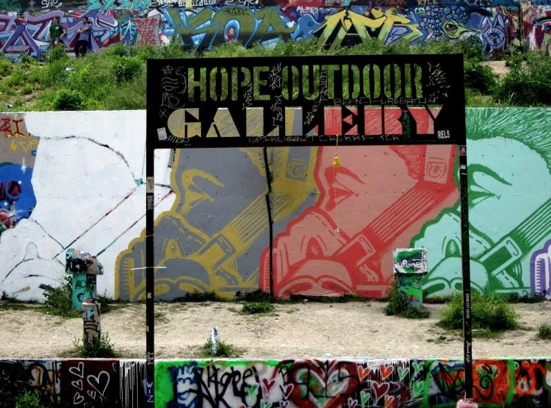 Austin TX Graffiti Park - Hope Outdoor Gallery