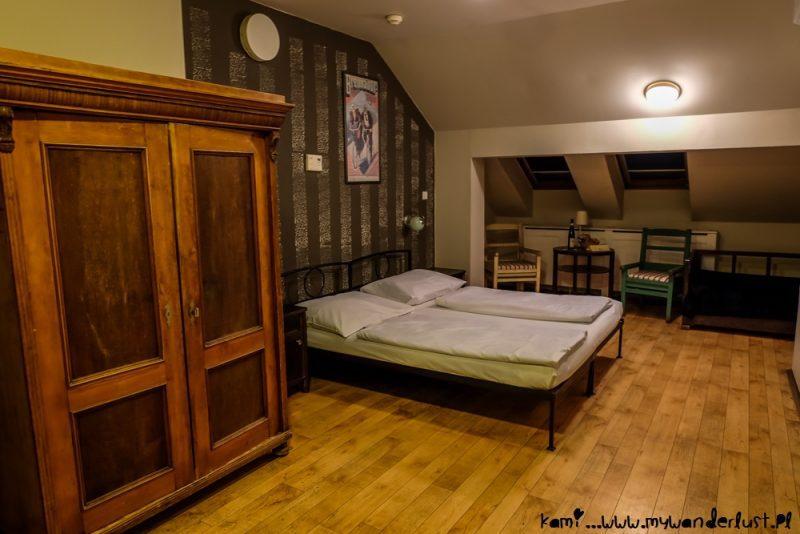 Sir Toby's Hostel