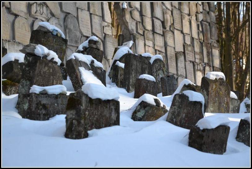 Beautiful Jewish cemetery in Kazimierz Dolny