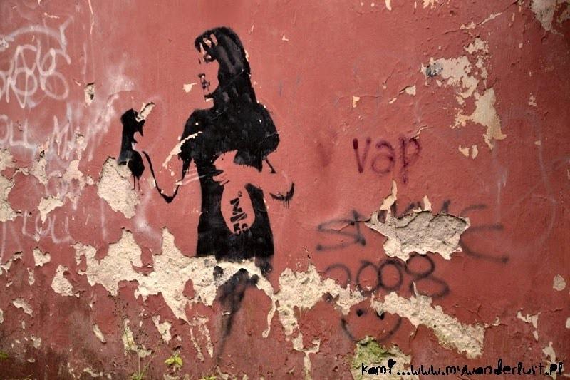 tartu_streetart_girl