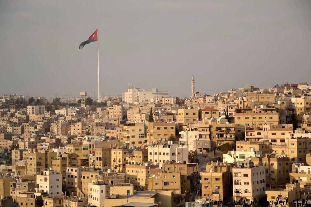 Amman-huge-flag