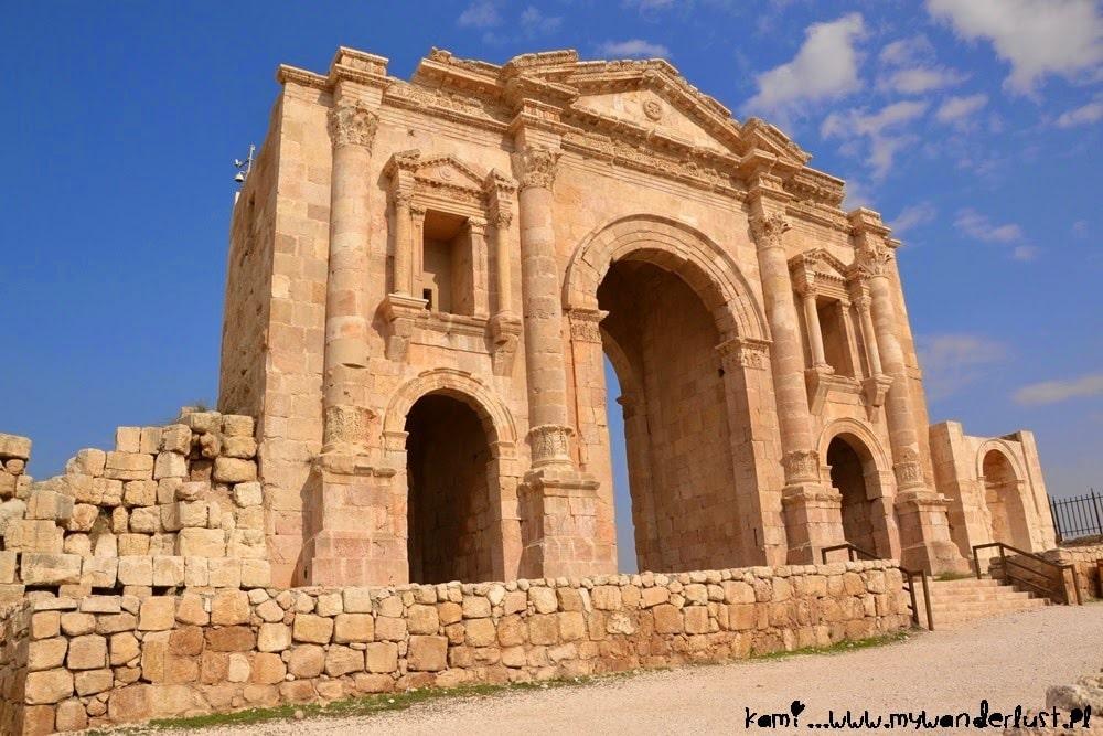 jerash_hadrian-s_arch