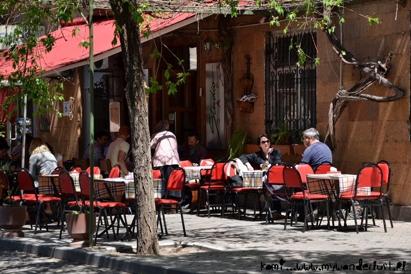 Visit Yerevan: cafe in Yerevan