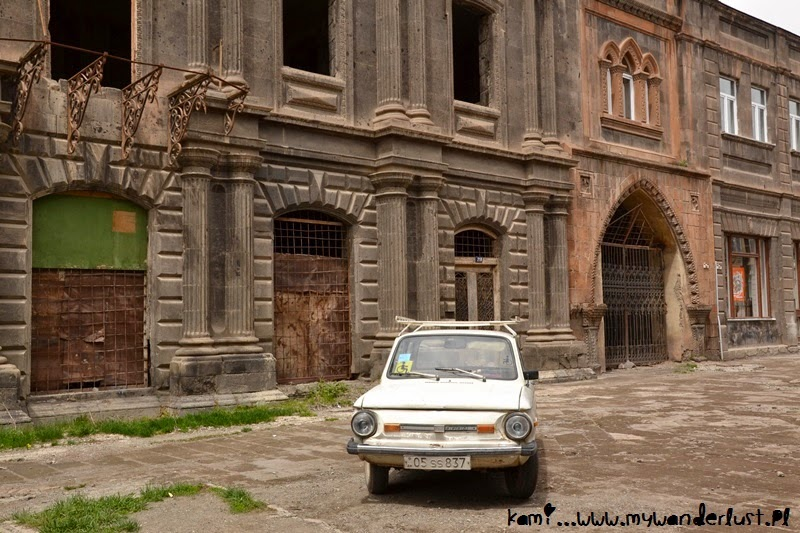 Pictures of Gyumri, Armenia 25 years after the tragic earthquake
