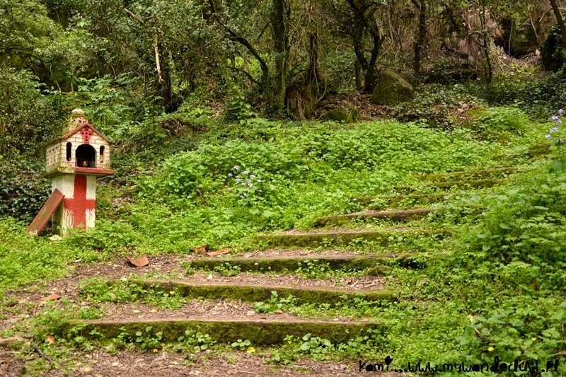 hike around Kastraki