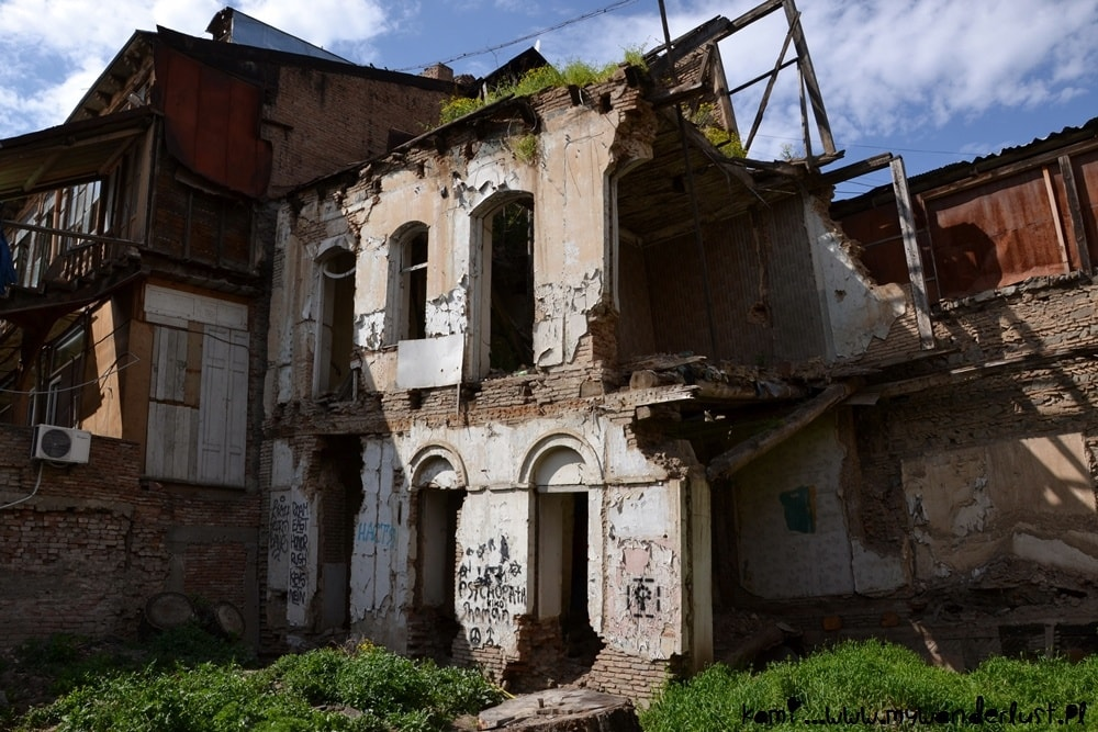 one of the destroyed houses in Old Tbilisi