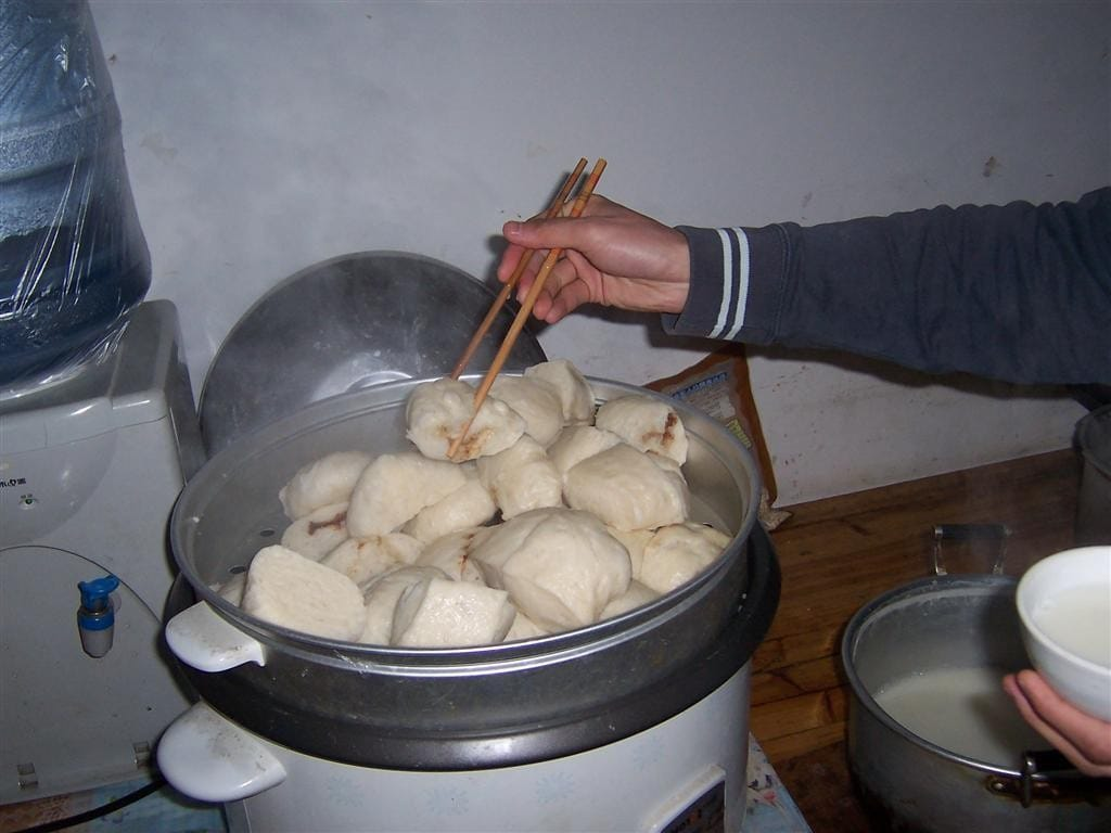 Chinese Food Foreigners Love breakfast bao zi (Large)