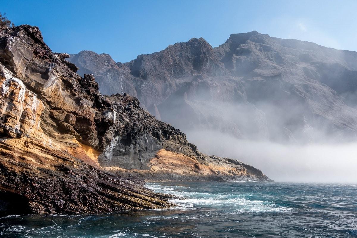 Punta-Vicente-Roca-Isabela-Island-Galapagos-rocks