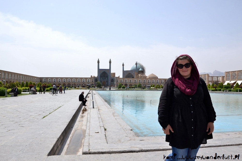 iran solo female travel