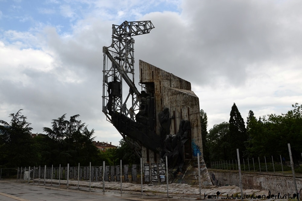 Sofia monument